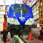 """Alles auf Schiene. Das """"Garantie-Team"""" von Siemens Österreich kümmert sich um die Wartung der insgesamt 118 Personenzug-Waggons in Israel./ © Yan Nasonov"""