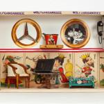 """Fundstück.""""Ich verwende alte Fotografiesn, Spielzeug aus den 40iger- und 50ider Jahren…"""""""