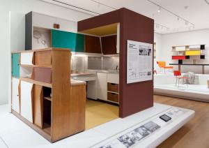 Le Corbusier Küche. Visionäres, offenes Design der französischen Architektin Charlotte Perriand