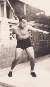 Moshé Feldenkrais wurde in der Hagana Spezialist für Selbstverteidigung.