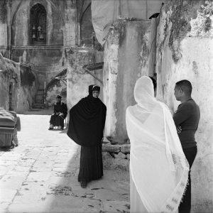 Die Gesichter einer Stadt. Äthiopisch-orthodoxe Christen auf dem Dach der Grabeskirche. Aus Der Geist von Jerusalem, 2013.