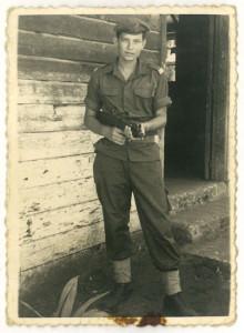 Militärdienst, bevor er für das Studium nach Wien kam