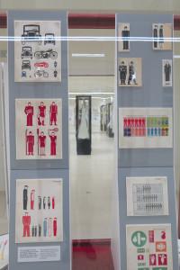 """Bildstatistik von Otto Neurath. Ein Abschnitt der Ausstellung widmet sich der """"Wiener Methode der Bildstatistik"""", auch Isotype genannt."""