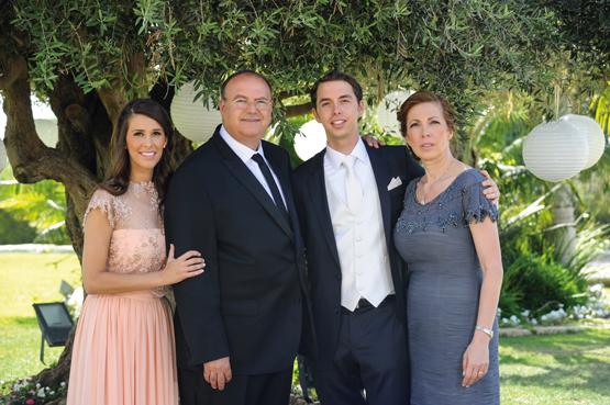 Anita Schnarch im Kreise ihrer Familie