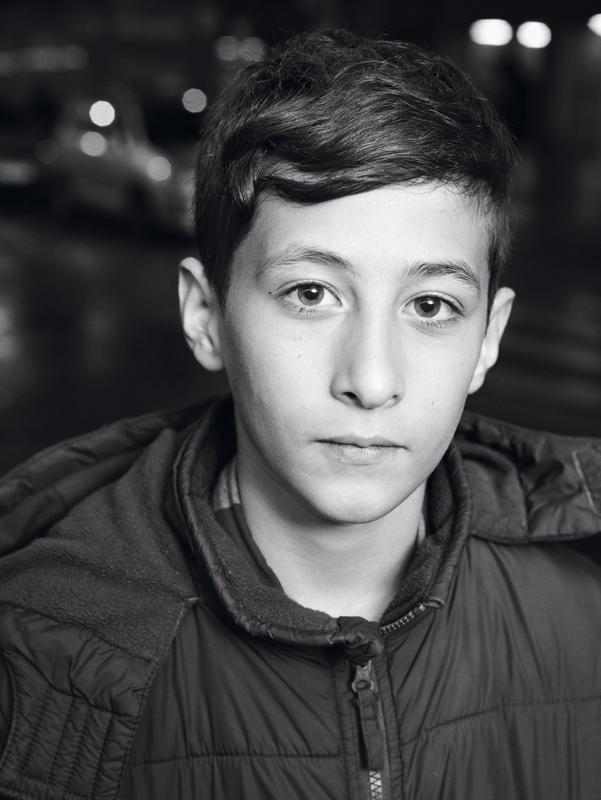 IVAN ist  13 Er ist auf der Flucht aus Syrien Oktober 2015 Westbahnhof, Wien