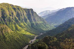 Ethiopia_scenery_SH_147932963